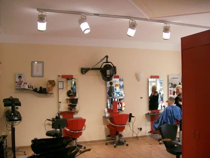Friseur Gesamtbeleuchtung
