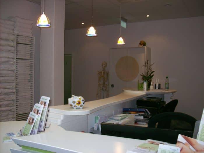 Massagepraxis Empfangstheke